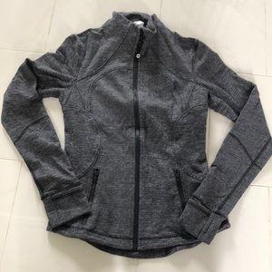 Lululemon grey zip up jacket. EUC!